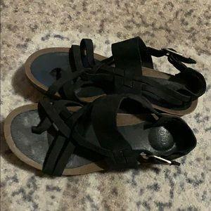 Woman's sandals Teva size 6.5